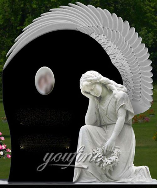 Natural Granite Angel cemetery monuments design for sale
