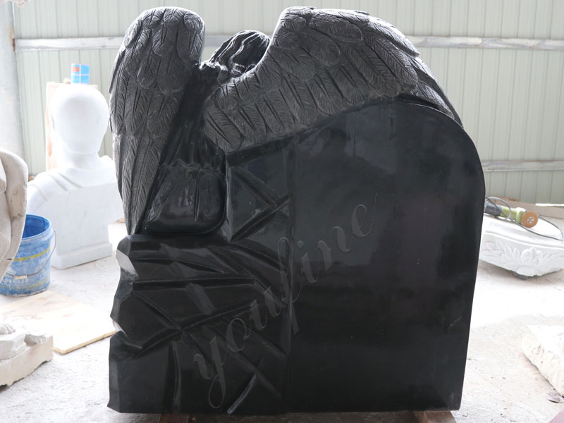 outdoor-Granit-angel-heart-tombstone-for-sale